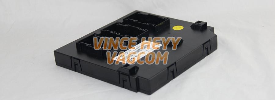 Vinceheyy - Vagcom | [TUTO] – Accéder au connecteur du BCM